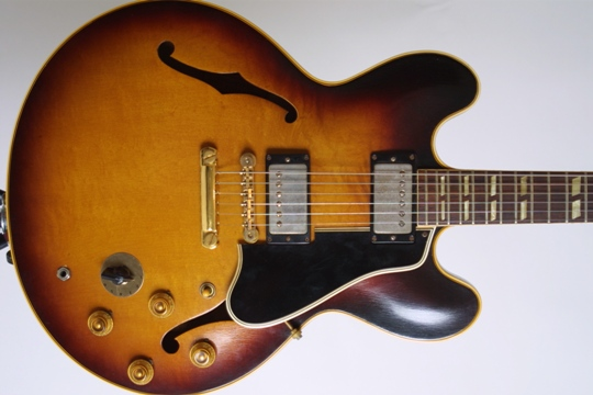 Gibson_Hollowbody_Electrics